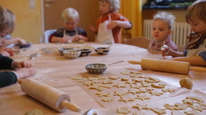 Kinderbetreuung in Sachsen: Wer für sein Kind einen Platz in einer Krippe, Kita oder einem Kindergarten haben will, hat keine Möglichkeit, wählerisch zu sein. Die Nachfrage ist viel größer als das Angebot
