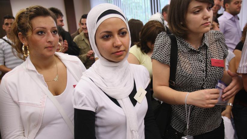 Kopftuch-Verbot: Was alte feministische Losungen nicht vorsehen