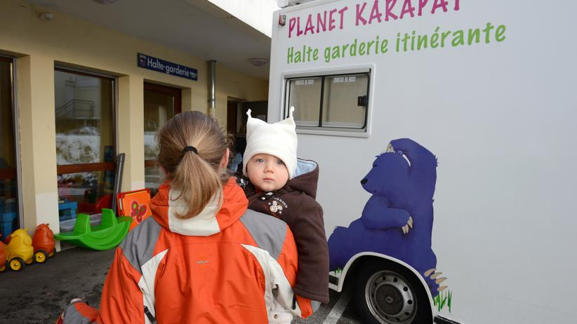 Frankreich: Mutterliebe auf Distanz