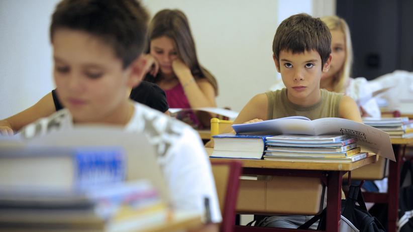 Schulschwänzer: Stundenlohn für den Schulbesuch