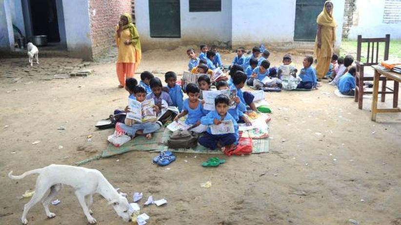 Schulbildung: Musterschüler China, Sitzenbleiber Indien