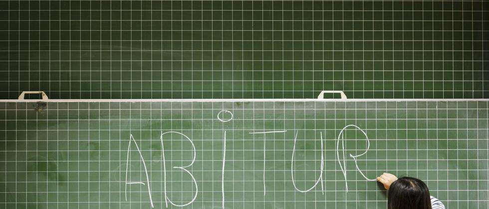 Immer mehr Schüler schreiben das Abitur.