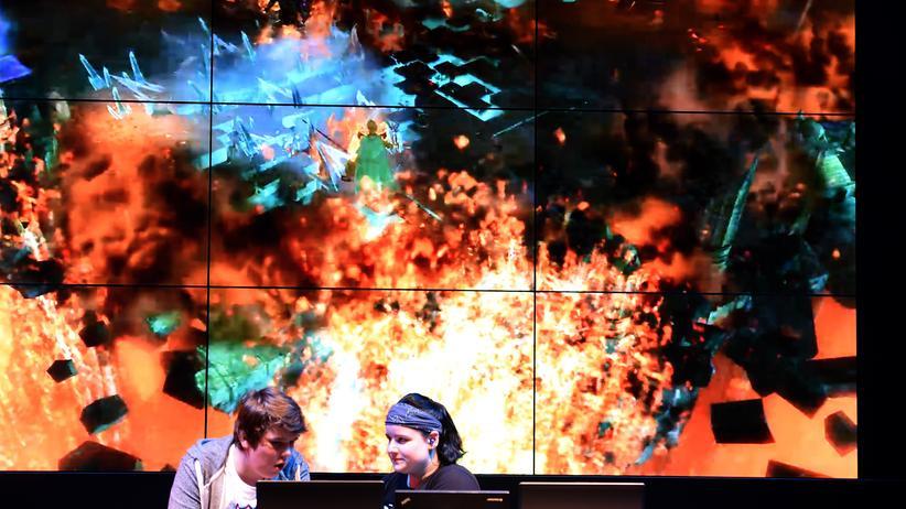 Computerspiele: Besucher auf der Gamescom in Köln