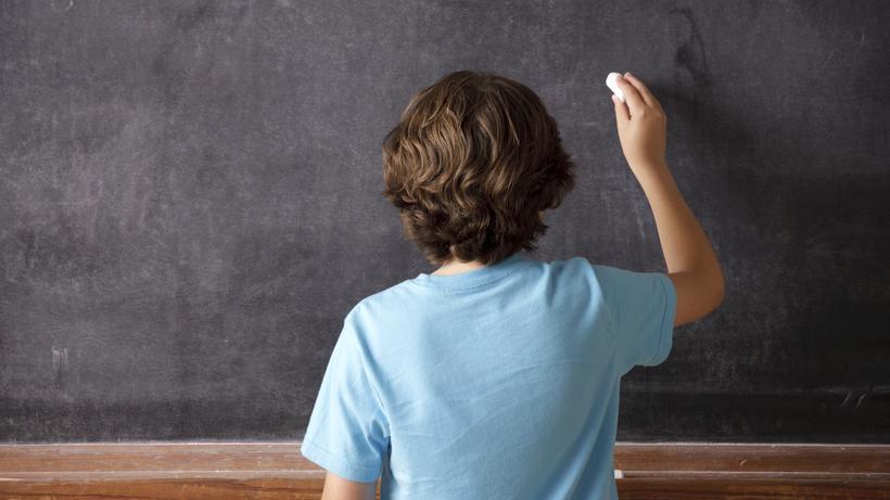Grundschulstudie: Viertklässler lesen und rechnen schlechter | ZEIT ...