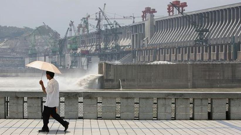 Staudamm: China will 300.000 weitere Menschen umsiedeln