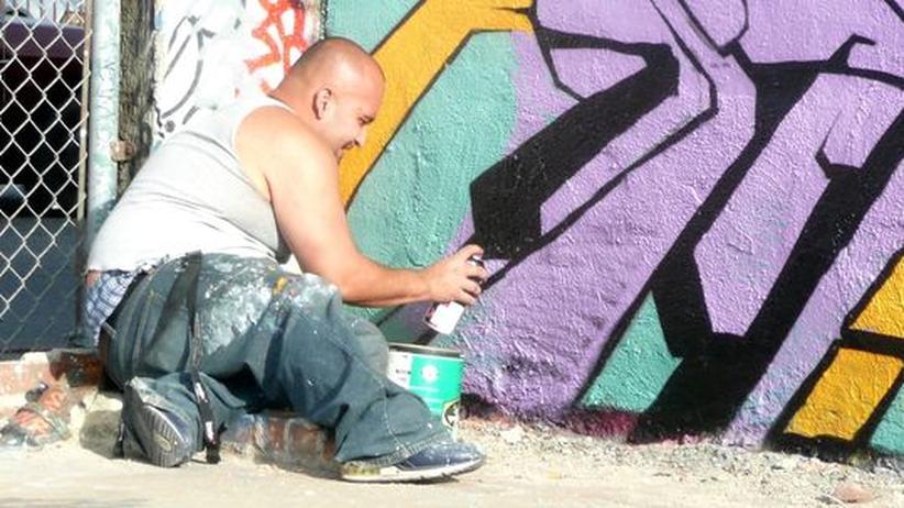 """""""Pico Union Graffiti Lab"""""""