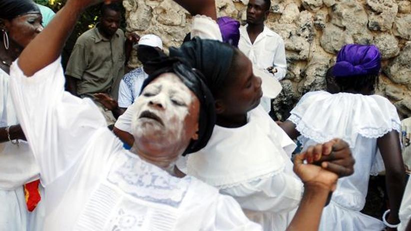 Neuanfang in Haiti: Mit Vodou gegen die Erdbebenfolgen