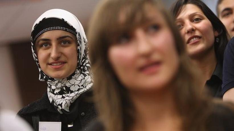 Einwandererdebatte: Integration: Die Bildungsentwicklung der türkischen Migranten ist keineswegs konstant negativ