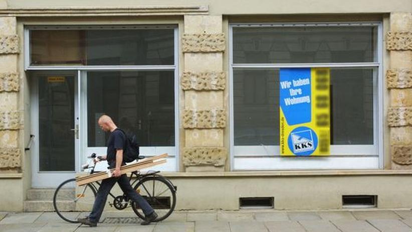 In Berlin sind Rechtsextreme derzeit verstärkt auf der Suche nach leer stehenden Ladenlokalen und Büroräumen