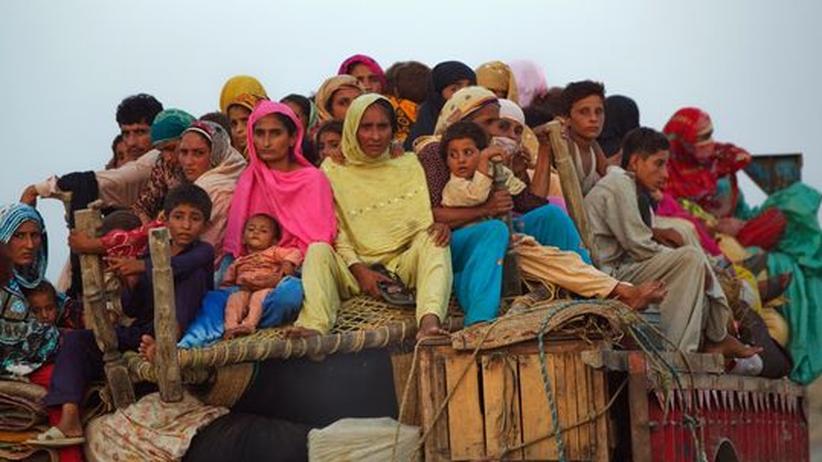 Flut in Pakistan: Im Norden fehlt Nahrung, der Süden ertrinkt