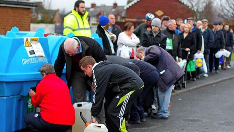 Winterchaos: Zehntausende Iren ohne Trinkwasser