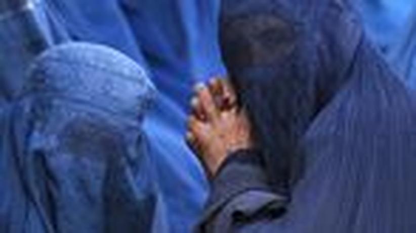 Religion: Burka-Trägerin hat gekündigt