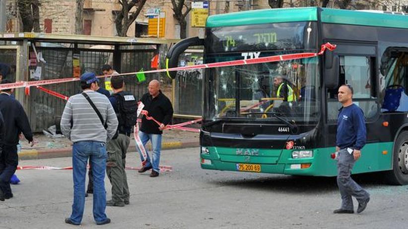 Anschlag in Jerusalem: Israel fliegt neue Angriffe auf Gaza-Streifen