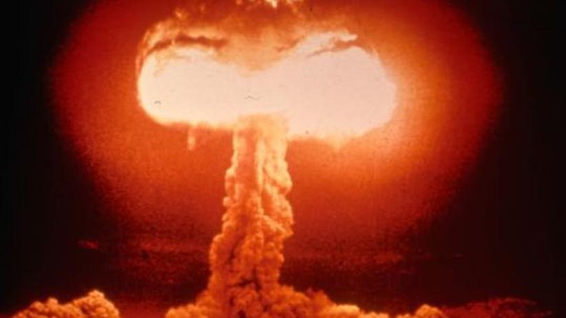 Angst vor Atomkraft: Der Atompilz als Metapher männlicher Sexualität