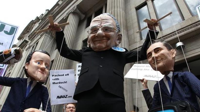 """""""News of the World"""": Cameron, Murdoch, Coulson – mehr als nur der Skandal einer Zeitung"""