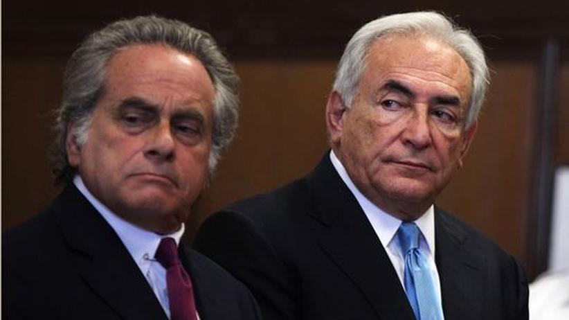 Dominique Strauss-Kahn: Dominique Strauss-Kahn (rechts) mit seinem Anwalt Benjamin Brafman