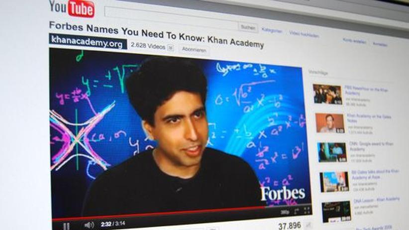 Nachhilfe: Daumen hoch für Khan