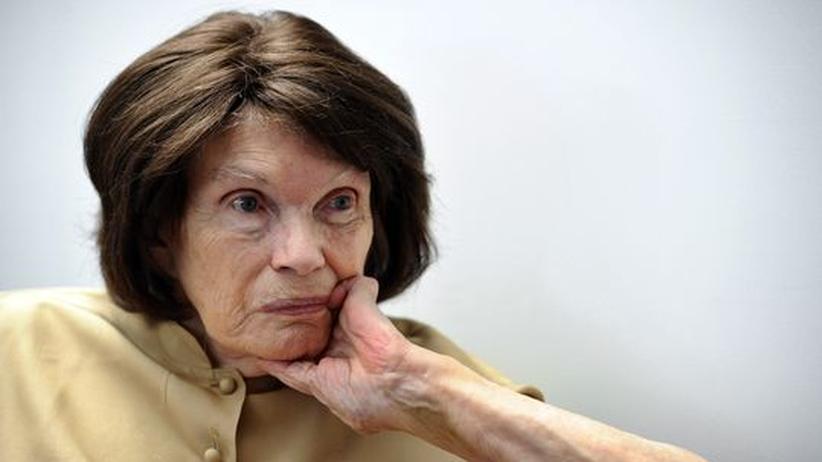 Frankreich: Präsidentenwitwe Danielle Mitterrand gestorben
