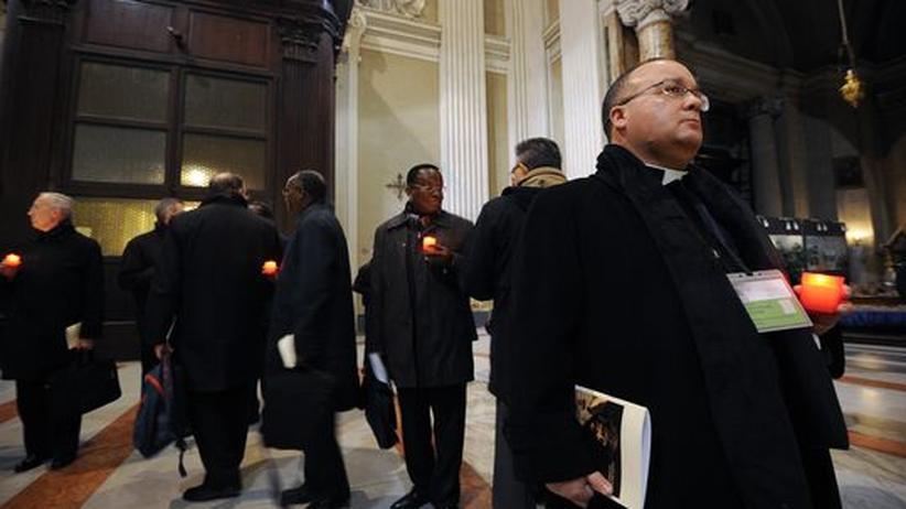 """Sexueller Missbrauch: Italiens Kirche will """"Heilung und Erneuerung"""""""