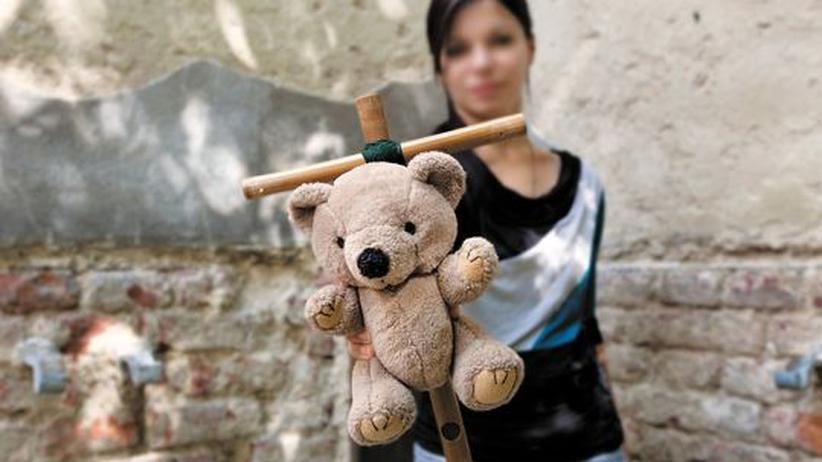Pfingstkirchen: Mit Jesus in die Hölle