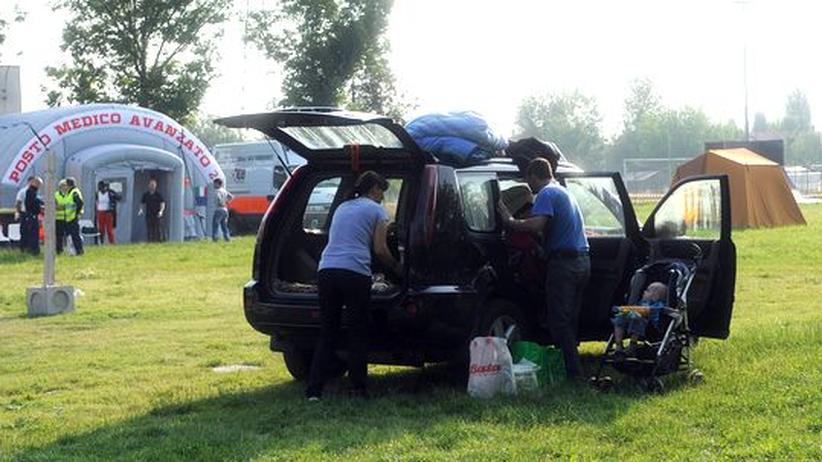 Erdbeben in Norditalien: Viele Italiener schlafen aus Angst in Autos