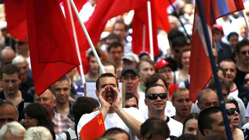 Demo in Moskau: Putin lässt Tausende Polizisten aufmarschieren
