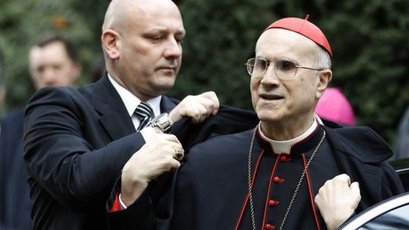 Tarcisio Bertone, Kardinalstaatssekretär des Vatikans