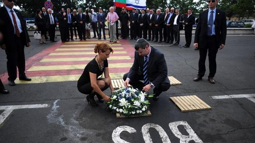 Bus-Attentat: Gerichtsmediziner wirft Bulgariens Polizei dilettantische Ermittlungen vor