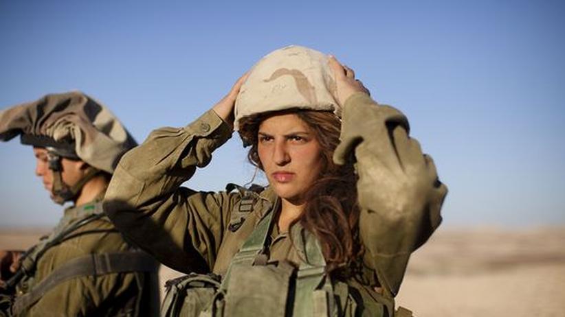 Soldaten in Israel: Eine junge israelische Soldatin