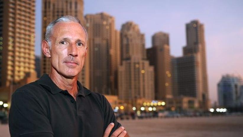 Betrug: Der Salzburger Arzt Eugen Adelsmayr in Dubai im September 2011