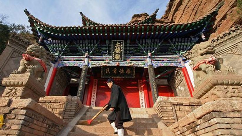 Glaube: Tiefreligiöse Inder, flexible Chinesen