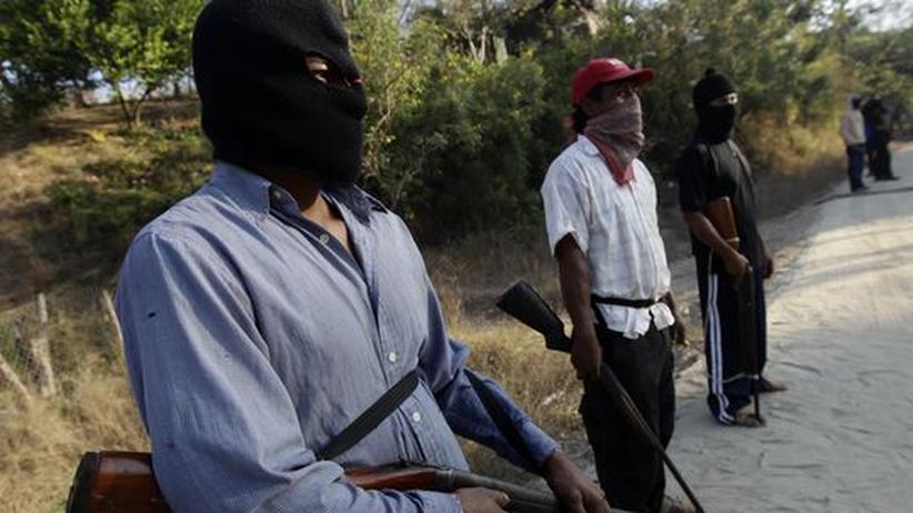 Kriminalität: Mitglieder der Bürgerwehr von Ayutla