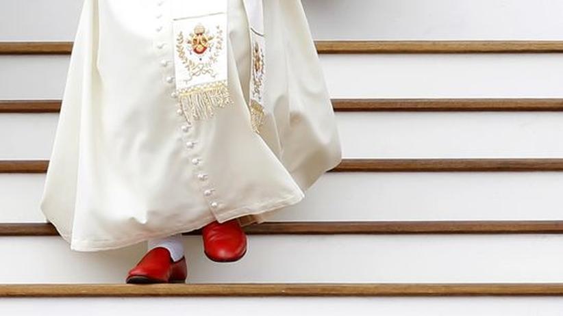 "Vatikan: Benedikt verspricht Nachfolger ""bedingungslosen Gehorsam"""