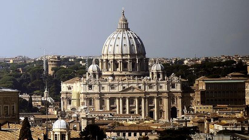 Katholische Kirche: Vatikan erreichen jährlich Hunderte neue Missbrauchsvorwürfe