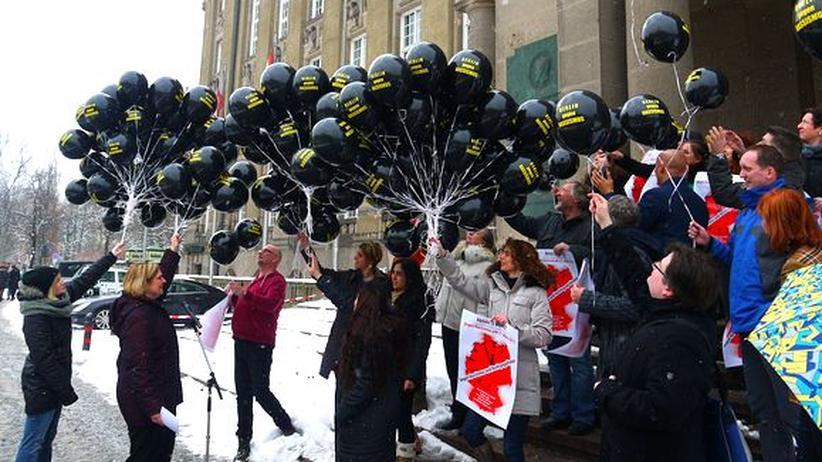 Rassismus: Mit Luftballons gegen die alltägliche Diskriminierung
