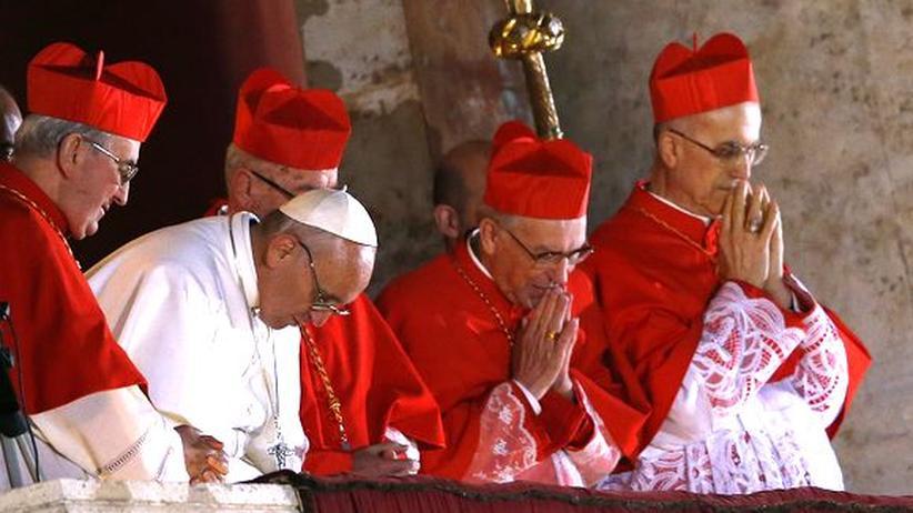 Franziskus: Papst startet ins Arbeitsleben