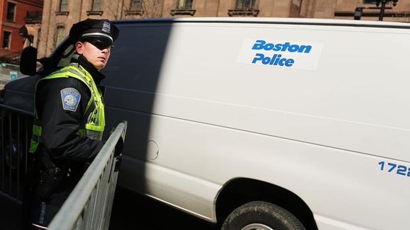 Anschlag in Boston: Überwachungskamera liefert Hinweis auf Attentäter