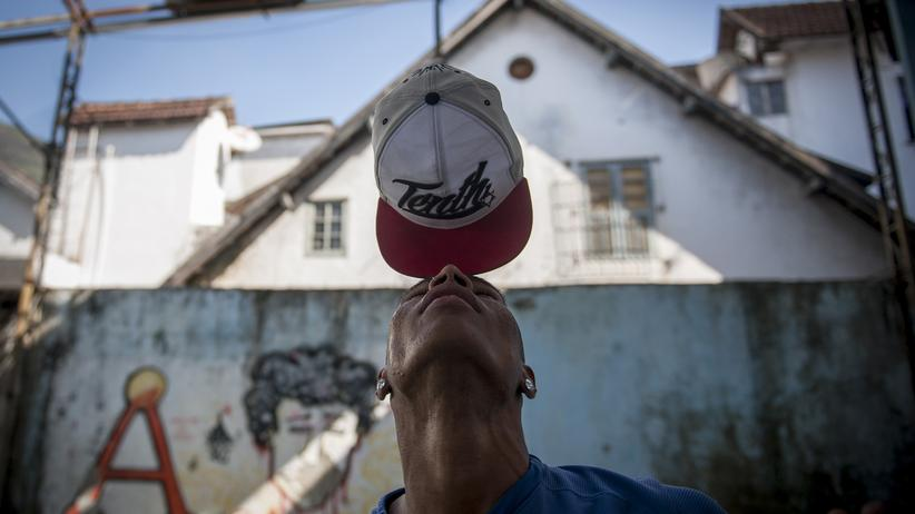 Brasilien: Einen Kuss für die Bank-Managerin