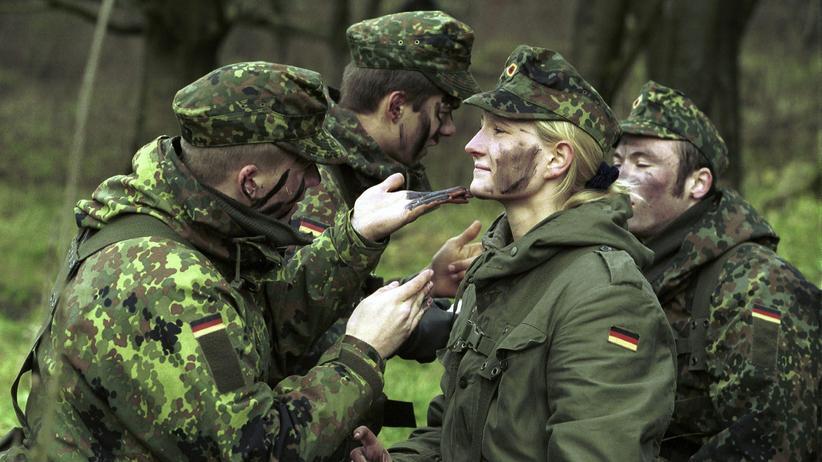 """Frauen in der Bundeswehr: """"Man kann nicht Everybody's Darling sein"""""""
