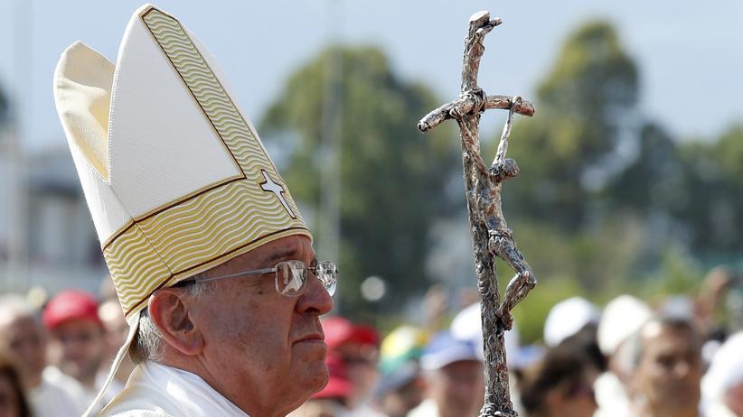 Papst Franziskus: Unheilige Bande