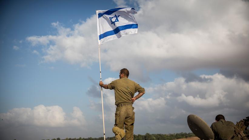 Israel: Ein israelischer Soldat nahe der Grenze zum Gazastreifen