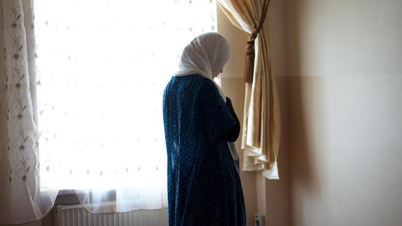 Islam: Jasmin Mustafa im Frauen-Gebetsraum der Ibrahim Kahlil-Moschee in Osnabrück