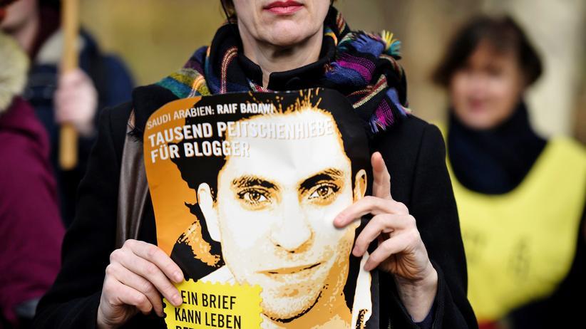 Saudi-Arabien: Auspeitschung von Raif Badawi erneut ausgesetzt