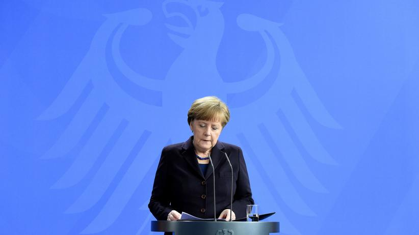 Flugzeugunglück: Gesellschaft, Flugzeugunglück, Germanwings, Airbus, Angela Merkel, François Hollande, Mariano Rajoy