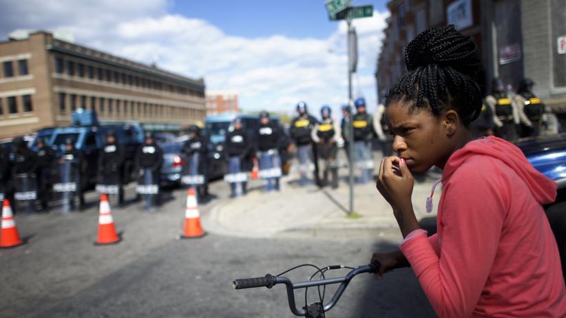 Gesellschaft, Polizeigewalt, Gewalt, Polizei, Baltimore, Pennsylvania, Ausgangssperre, Chicago, College, Ferguson, Maryland