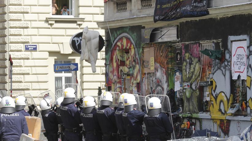 Polizeigewalt: Gesellschaft, Polizeigewalt, Polizei, Gewalt, Wien, Österreich