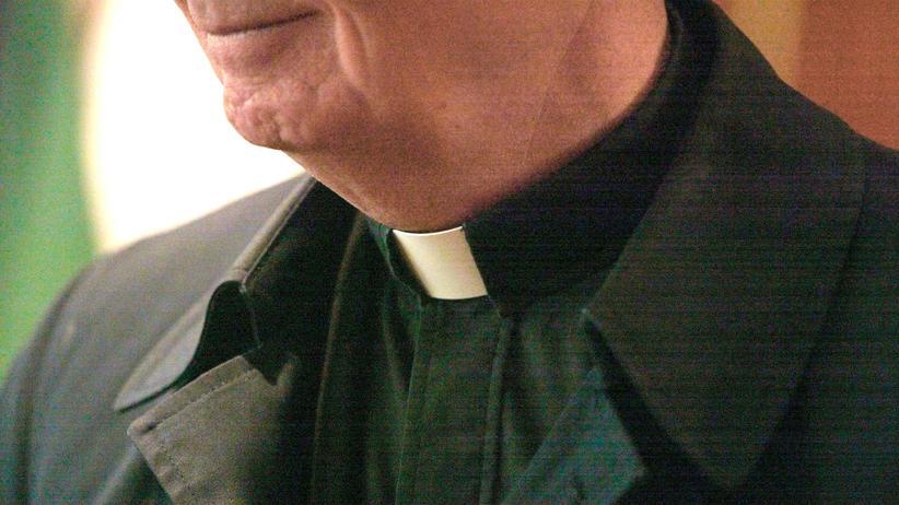Gesellschaft, Priester, Hannelore Kraft, Benedikt XVI, Hartz IV, Bischofskonferenz, Epilepsie, Messe, Sonderschule