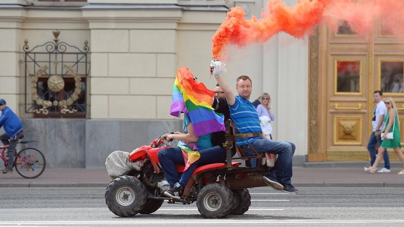 """""""Moscow Pride"""": Moskauer Polizei nimmt Homosexuellen-Aktivisten fest"""
