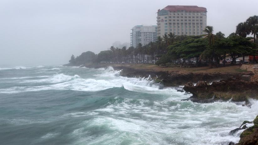 Dominica: Der Tropensturm Erika nähert sich der Küste der Dominikanischen Republik