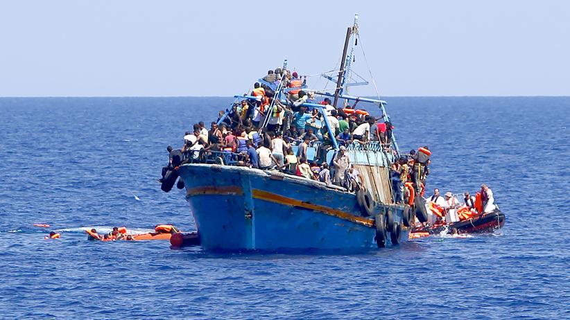 Fl 252 Chtlinge 50 Tote Auf Fl 252 Chtlingsboot Im Mittelmeer